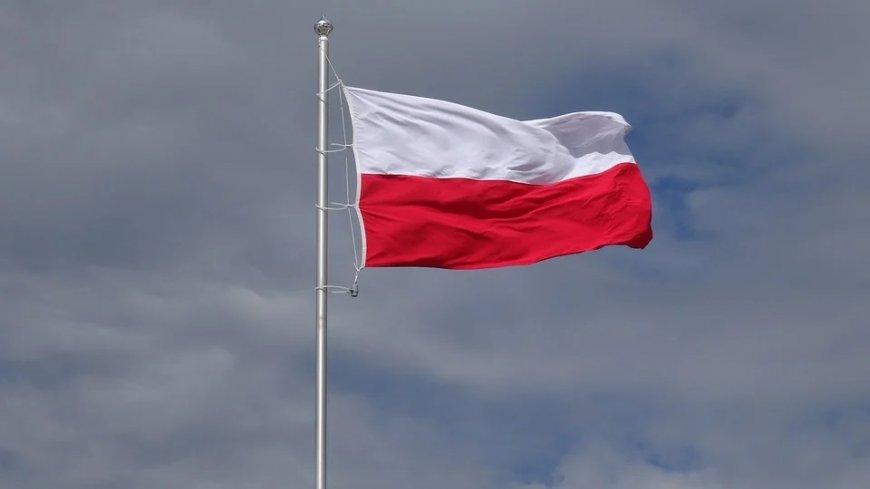 Flaga biało-czerwona.