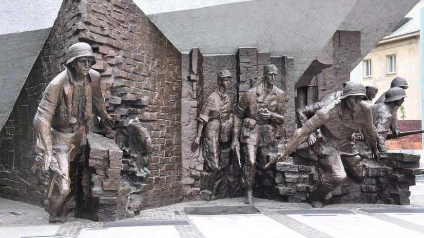 Pomnik upamiętniający Powstanie Warszawskie.